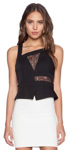 BCBGMAXAZRIA Bcbg New Asymetric Lace Lace Crop Crop Black Halter Top