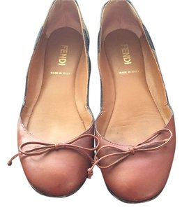 Fendi Brown Flats