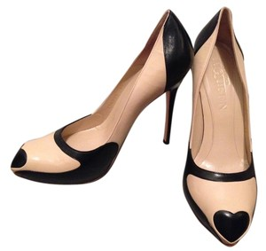 Alexander McQueen Black & Tan Pumps