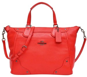 Coach Grain Leather White Shoulder Mickie Crossbody Messenger & Cross Body 34040 F34040 White Blue Satchel in Cardinal Red