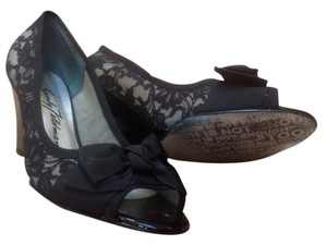 Beverly Feldman Black Lace with black bow Wedges