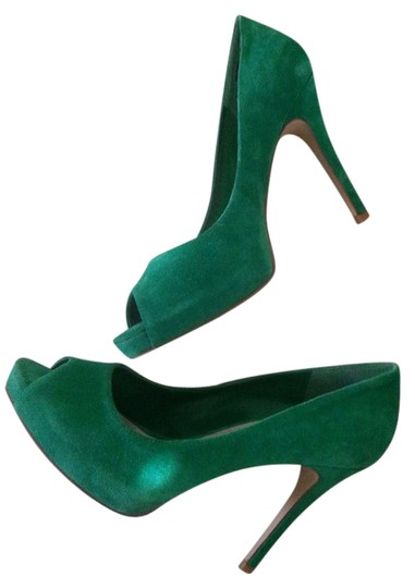Preload https://img-static.tradesy.com/item/8923261/nine-west-green-peep-toe-pumps-size-us-8-regular-m-b-0-2-540-540.jpg