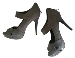 Charlotte Russe Faux Suede Business High Heel Neutral Classis Comfortable Hidden grey Platforms
