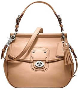 Coach 19132 Willis Dowel Convertible Cross Body Bag
