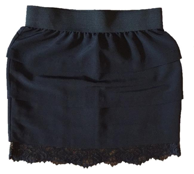 Preload https://img-static.tradesy.com/item/8925388/aqua-blac-with-lace-trim-skirt-size-4-s-27-0-1-650-650.jpg