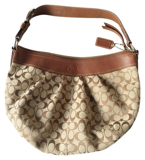 Preload https://item1.tradesy.com/images/coach-crescent-beige-and-brown-monogram-canvas-hobo-bag-8927170-0-3.jpg?width=440&height=440