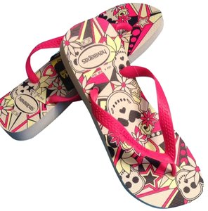 Havaianas White/Pink/Black Sandals