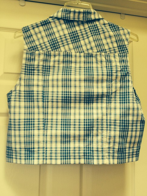 Pendleton Top Blue and white with black lines