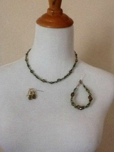 Casual Corner Multi Olive Green Jewelry Set