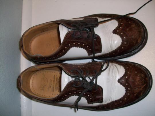 Dr. Martens Vintage Style Oxfords That Are In Great Condition; Leather Manmade Sole Traditional Dm's With Improved Comfort Brown and White Flats