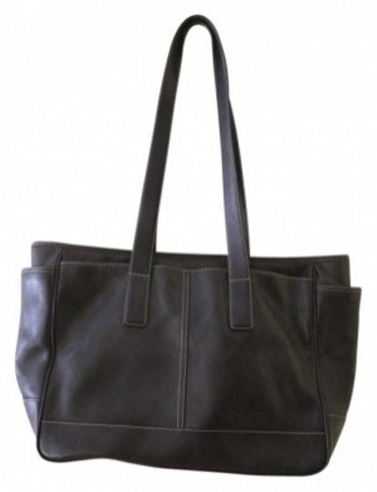 Preload https://img-static.tradesy.com/item/8949/coach-large-black-leather-tote-0-0-540-540.jpg