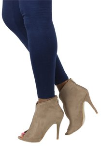 Cape Robbin Taupe Boots