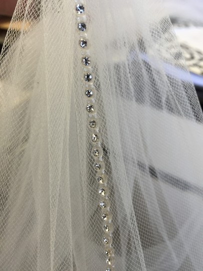Diamond White Medium Swarovski Edge Bridal Veil