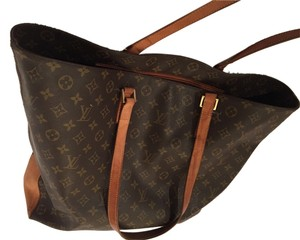 Louis Vuitton Tote in Brown,green, tan