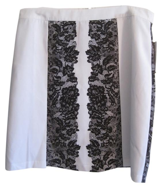 Preload https://img-static.tradesy.com/item/8952931/laundry-by-shelli-segal-black-and-white-lace-print-size-14-l-34-0-1-650-650.jpg