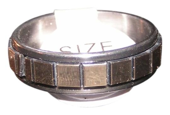 Preload https://img-static.tradesy.com/item/8955160/silver-and-gold-bogo-free-mirrored-tile-stainless-steel-band-free-shipping-ring-0-1-540-540.jpg