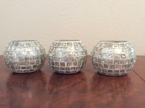 3 Silver Glass Tiled Round Holder With Candle