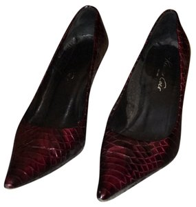Kenneth Cole Blood red Pumps