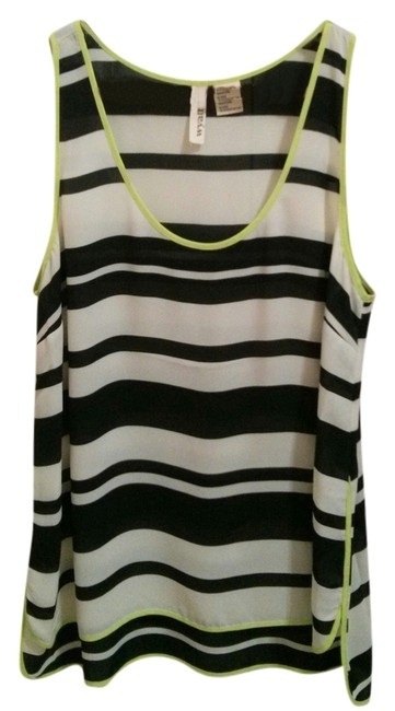 Preload https://img-static.tradesy.com/item/8962975/wyatt-black-and-white-tank-topcami-size-8-m-0-1-650-650.jpg