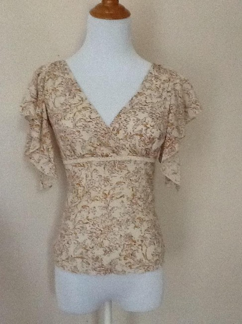 Express Top Floral cream