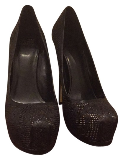 Preload https://img-static.tradesy.com/item/8964121/truth-or-dare-by-madonna-black-perforated-with-nude-underlay-pumps-size-us-85-regular-m-b-0-1-540-540.jpg