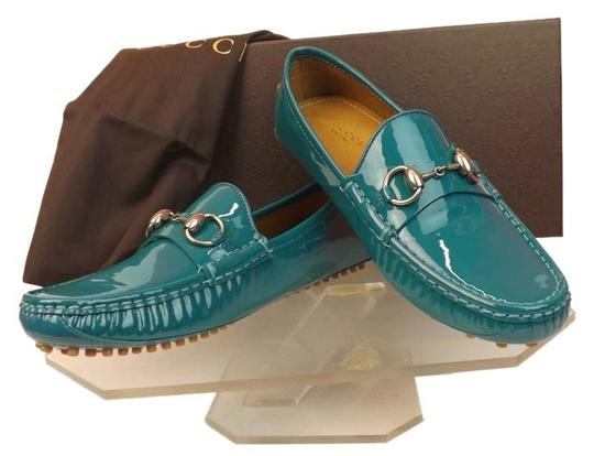 Preload https://img-static.tradesy.com/item/8965879/gucci-dark-parrot-green-horsebit-teal-patent-leather-damo-silver-driver-loafers-65-flats-size-eu-365-0-1-540-540.jpg