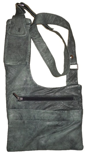 Preload https://img-static.tradesy.com/item/8970448/handcrafted-grey-leather-cross-body-bag-0-2-540-540.jpg