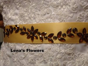 Handmade Bridal Sashes. Wedding Accessories. Satin Bridal Crystal Flat Back Rhinestone Flower Sash. Beige And Champagne