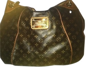 Louis Vuitton Gm Pm Neverfull Vernis Hobo Bag