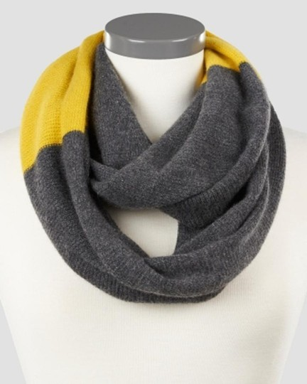 ply cashmere Gorgeous Infinity 100% Cashmere Waffle Black and Beige Scarf!!!