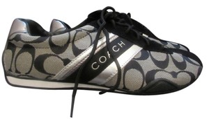 Coach Sneaker black with Coach insignia Flats