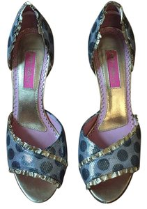Betsey Johnson SNDBLK Pumps
