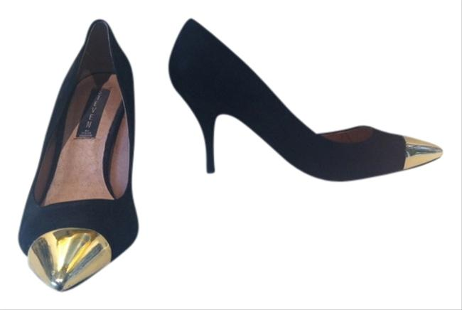 Item - Black Suede W/Gold Toe Cap Fearless Pumps Size US 9 Regular (M, B)
