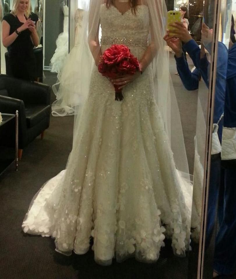 18a405c2aaa Off White Silk and Tulle Es304 Formal Wedding Dress Size 6 (S) Image 0 ...