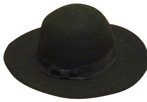 Forever 21 New w/o Tags Cute Wide Brim Hat