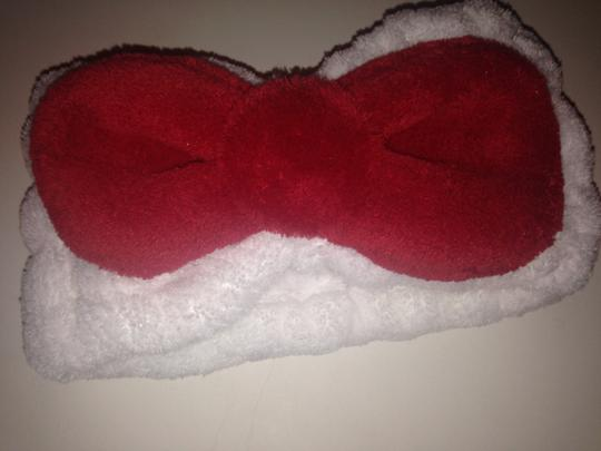Hello Kitty New Hello kitty bow cosmetic facial headband earth therapeutics NWOT head band