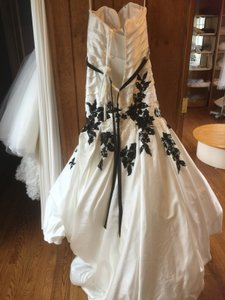 Jacquelin Exclusive 19945 Wedding Dress