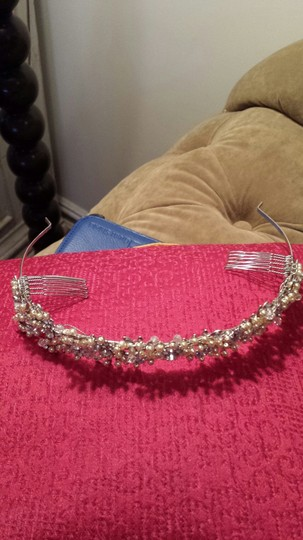 Vera Wang Swarovski Crystal and Pearl Headband Hair Accessory