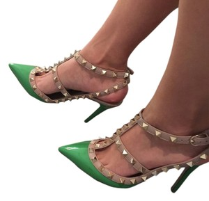 Valentino Rockstud Green Pumps