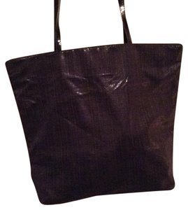 Saks Fifth Avenue Tote in Black