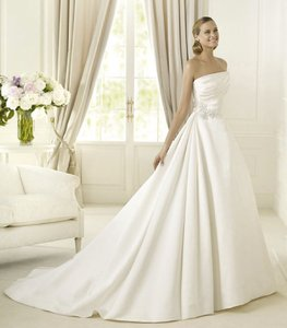Pronovias Daimiel Wedding Dress
