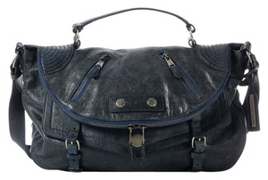 Alexander McQueen Am.j1023.01 Blue Faithful Navy Messenger Bag
