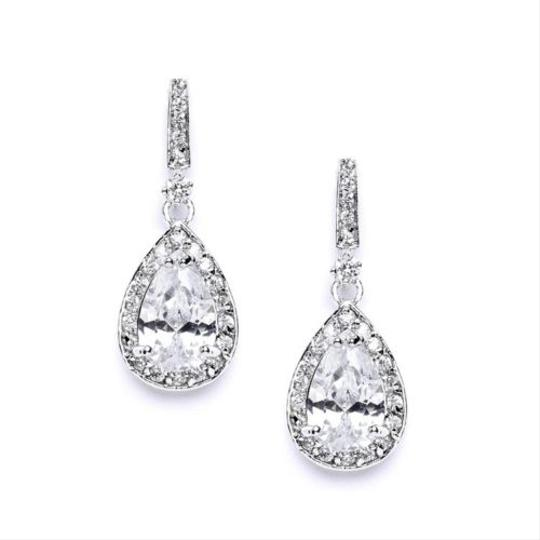 Preload https://item2.tradesy.com/images/other-petit-crystal-bridal-earrings-899606-0-0.jpg?width=440&height=440