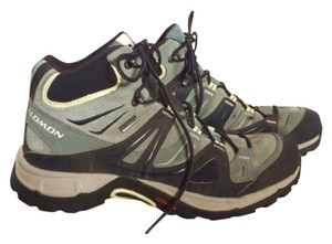 Salomon Sage Green and Black Athletic