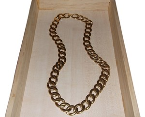 Unknown Thick Gold Chain