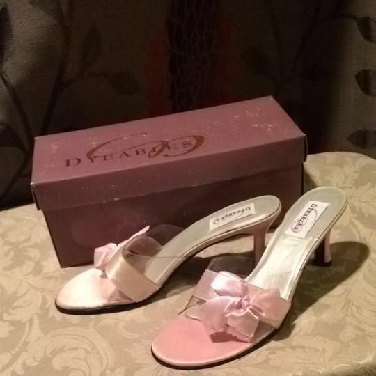 Preload https://item1.tradesy.com/images/dyeables-wedding-shoes-900205-0-0.jpg?width=440&height=440