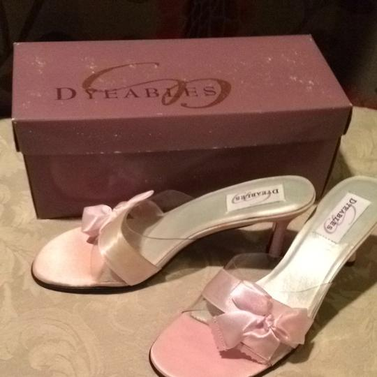 Dyeables Pink Size US 7.5 Regular (M, B)