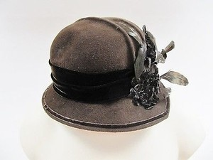 Womens Lilliput Hats Brown Felt Cloche Velvet Ribbon Feathers Canada