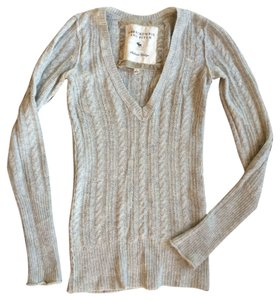 Abercrombie & Fitch Cable-knit Vneck Sweater
