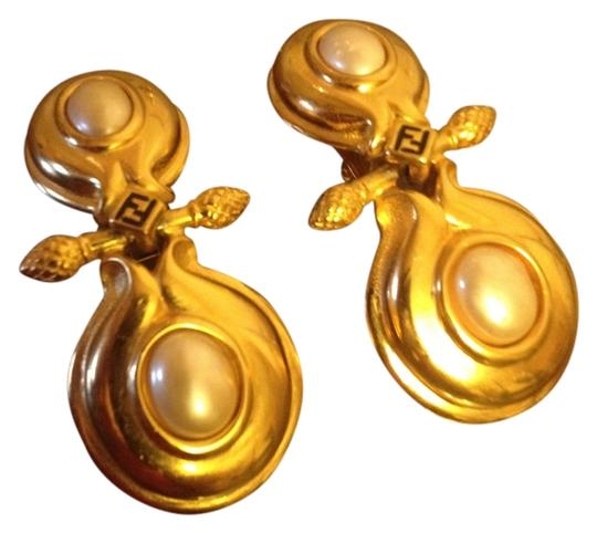 Preload https://item2.tradesy.com/images/fendi-gold-vintage-and-pearl-greek-key-hanging-clip-on-earrings-901351-0-0.jpg?width=440&height=440